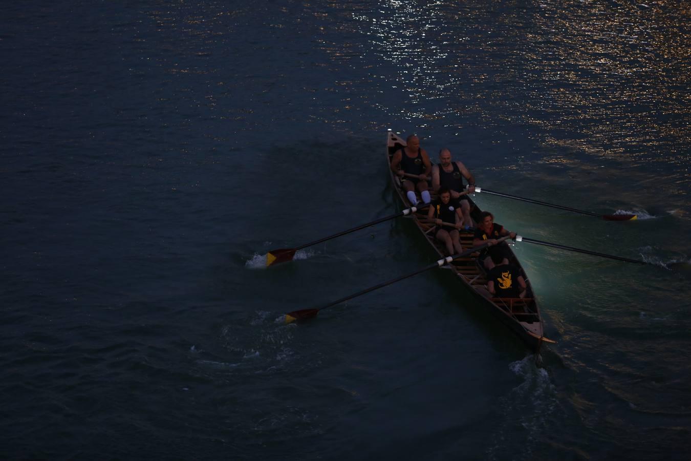 SEVILLA. 23.7.16. Regata de remo, con motivo de la Vela de Triana. FOTO: VANESSA GOMEZ. archsev